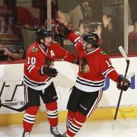 Blackhawks claim third straight win