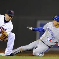 Blue Jays fly past Twins late