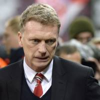 Manchester United axes manager Moyes