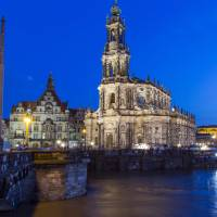 Dresden cashes in on German unification