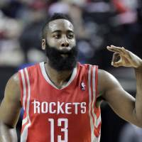 Rockets pick up crucial Game 3 win on road