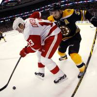 Datsyuk goal seals Game 1