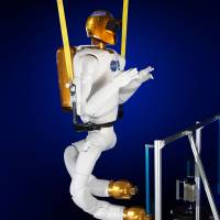 Small step is giant leap for NASA's Robonaut