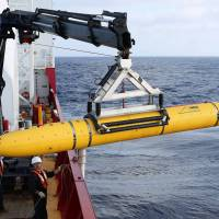 Minisub completes first full mission in hunt for Malaysian jet