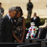 Reprising grim role, Obama offers consolation at Fort Hood