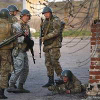 Ukraine bares teeth against pro-Russian uprising in nation's east