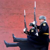 Russian soldiers of the Presidential Regiment march during the Change of Guard ceremony at the Tomb of the Unknown Soldier in Moscow on Wednesday. | AFP-JIJI