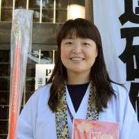 Korean guide still loves Japan despite racist slurs on temple sites