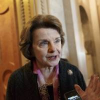 Feinstein asks White House to edit torture report instead of CIA