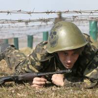 Ukraine agrees to host NATO military exercises