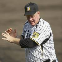 O'Malley all smiles about return to NPB with Tigers