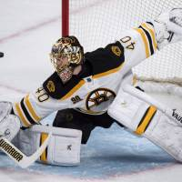 Bruins down Canadiens in OT to tie series 2-2