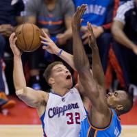 Clippers overcome large deficit, Durant's 40 to win