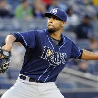 Rays prevail in 14th inning