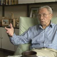 A-bomb survivor Willy Buchel van Steenbergen appears in the documentary 'Utsukushii Hito,' in which he conveys his experiences as a then-22-year-old Dutch prisoner of war in Nagasaki.  | S.A. PRODUCTION