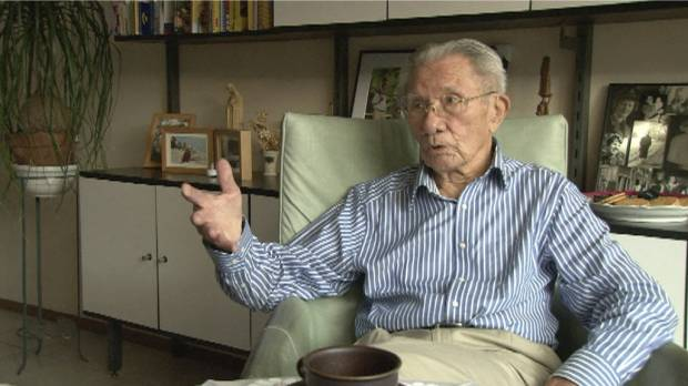 A-bomb survivor Willy Buchel van Steenbergen appears in the documentary 'Utsukushii Hito,' in which he conveys his experiences as a then-22-year-old Dutch prisoner of war in Nagasaki.