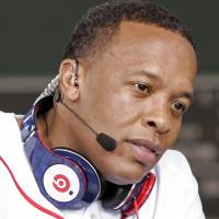 Dr. Dre to top hip-hop's rich list