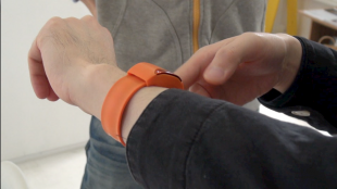 [VIDEO] wearable devices: Moff