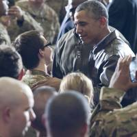 Obama makes surprise visit to U.S. troops stationed in Afghanistan