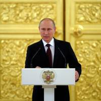 Putin builds new economic union on ashes of Soviet empire