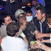 Turkey coal mine explosion kills, traps hundreds of miners