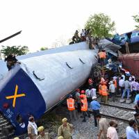 Train collision kills at least 40 in northern India