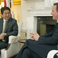 Abe, Cameron agree to boost Japan-Britain security cooperation