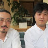 Head chefs: Yusuke Hisawa (left), Chocolatecake's chairman and director, and Takeshi Furukawa, who writes its works.  | NOBUKO TANAKA