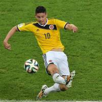 Rodriguez fires Colombia by Uruguay, into last eight