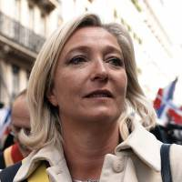 Le Pen hits dad for Holocaust pun