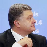 Despite wowing West, Ukraine leader dependent on Putin