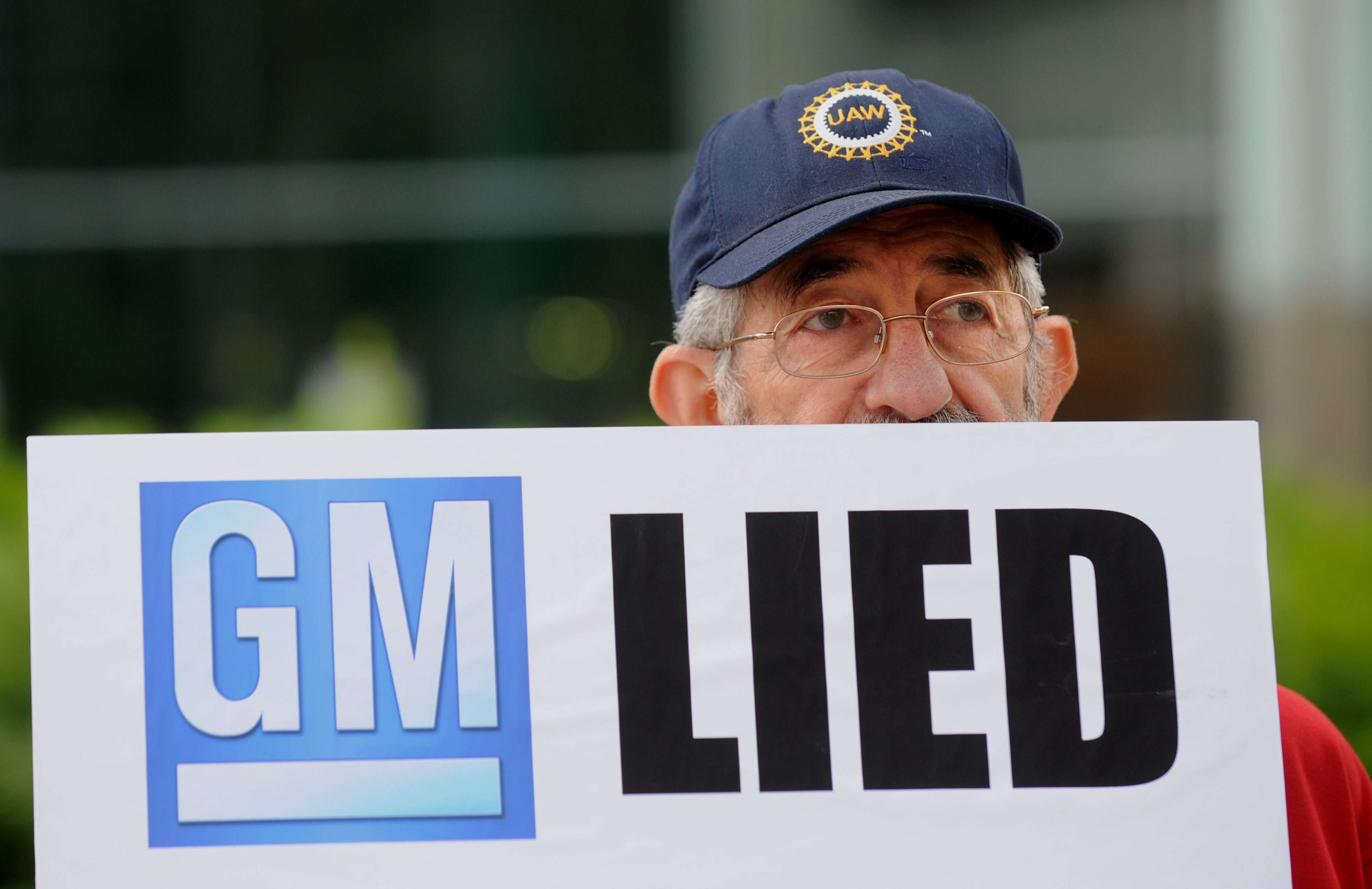 Gm expands recall for cars with ignition problems the for General motors ignition switch case study