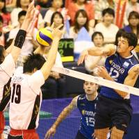 Timing is everything: Argentina's Federico Pereyra, who had a match-high 19 points, spikes the ball against Japan in Sunday's FIVB World League Pool D action in Komaki, Aichi Prefecture. Argentina defeated Japan 25-21, 25-19, 23-25, 25-17. FIVB