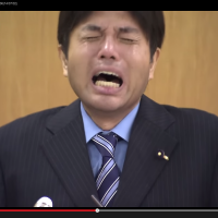 A video in which Hyogo assemblyman Ryutaro Nonomura wails uncontrollably at news conference has reached a broader audience on the web.
