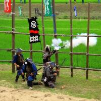 A shooting demonstration by the Nagashino Shitaragahara Firearm Troops