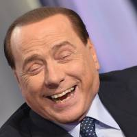 Berlusconi seeks resurrection of political power