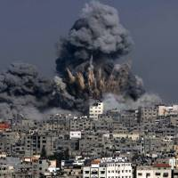 Bloodiest day yet in Gaza war leaves 128 Palestinians dead