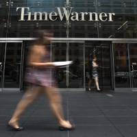 Time Warner win would make Murdoch U.S. media king