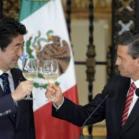Abe bolsters Mexico ties as Latin American tour begins
