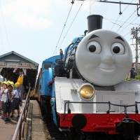 Full-size Thomas the Tank Engine hits Japan
