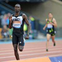 Rudisha runs away with 800 meters in Glasgow