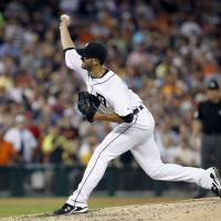 Porcello throws rare zero-strikeout shutout to lift Tigers over Athletics