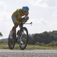 Nibali nearly eight minutes in front as Tour nears Paris