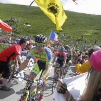 Veteran Rogers captures Tour de France stage for first time