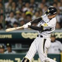 Fukudome belts winning blast in 12th