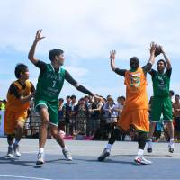 Heat it up: Dime.exe's Masayuki Kabaya takes a shot during the 3x3 Premier.exe league's opening round on Saturday. | KAZ NAGATSUKA