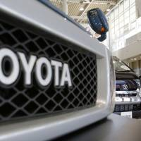 Toyota profit jumps 5% on sales to North America, Europe