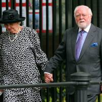 British actor Sir Richard Attenborough arrives with his wife at Wellington barracks London for Princess Diana's Memorial service in 2007. The famed director and actor died at age 90 after a long illness, the British Academy of Film and Television Arts said Sunday. | AFP-JIJI