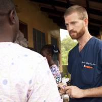 U.S. aid workers given experimental Ebola drug