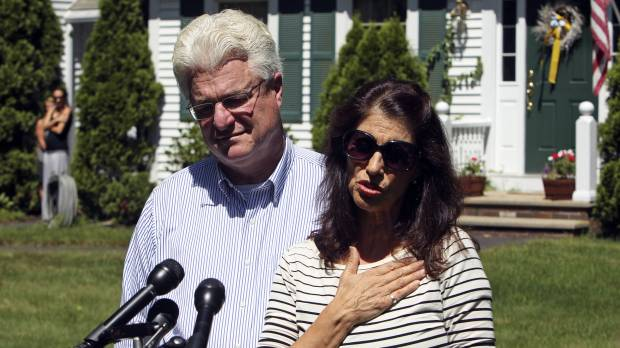In case of slain journalist Foley, negotiations, silence — then a chilling warning